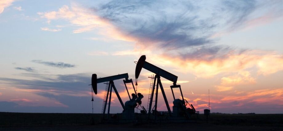 Petrol fiyatları 14 ayın zirvesinde